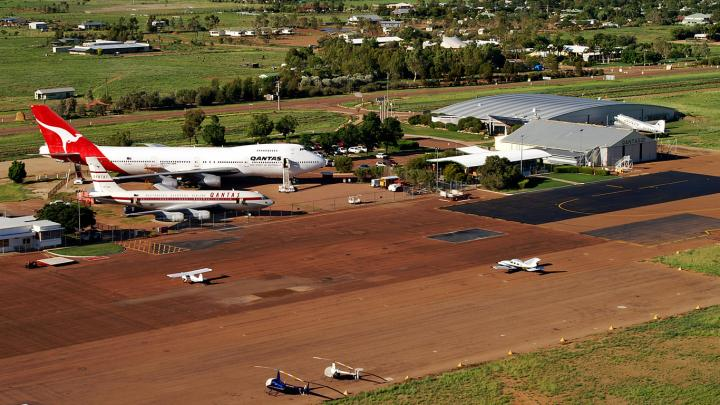 Aerial photo of Longreach aerodrome